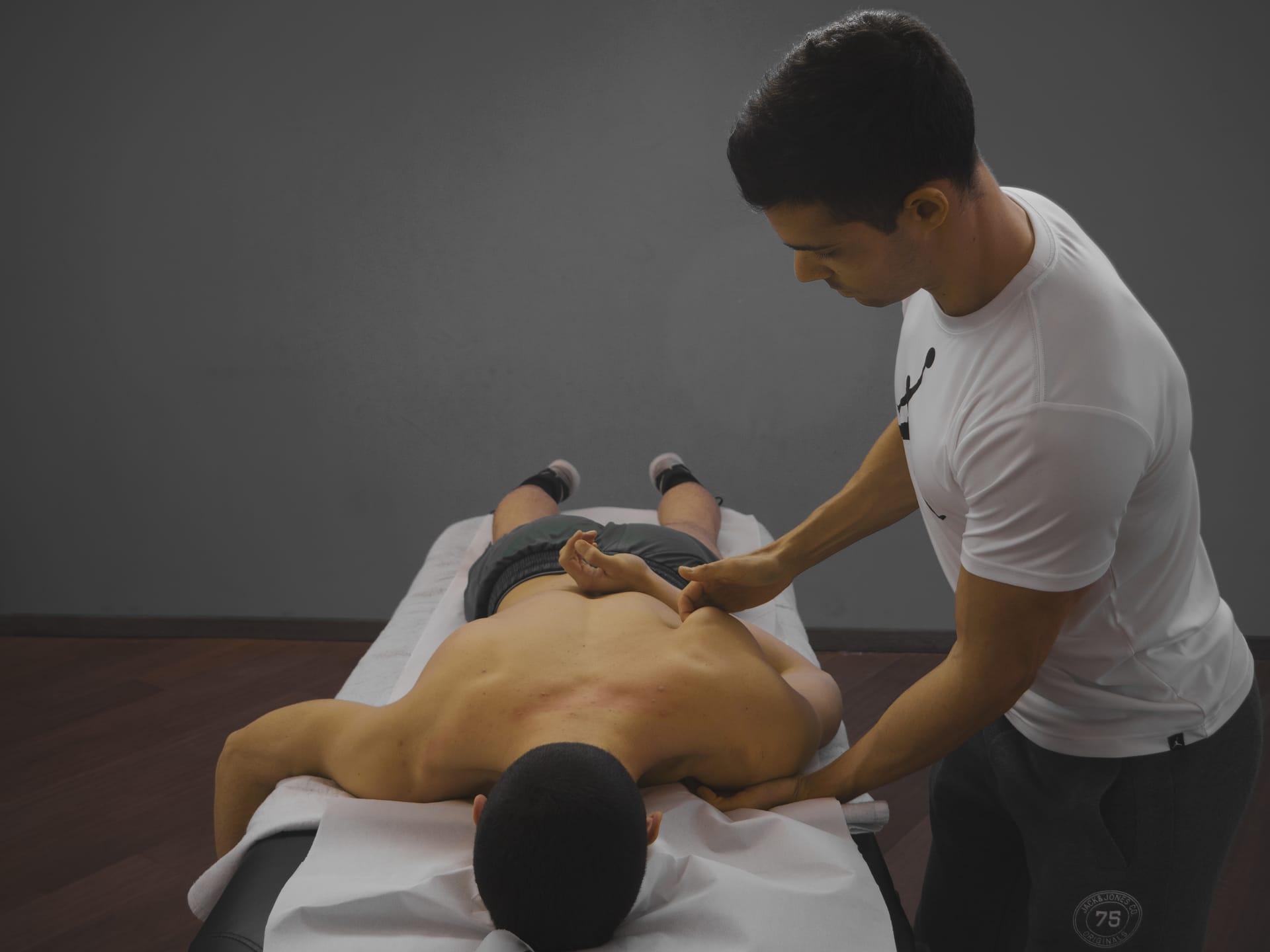 Mattia Santinello massaggiatore specializzato e certificato